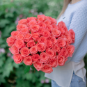 Букет из 51 коралловой розы (Эквадор)