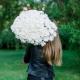 Букет из 25 белых хризантем