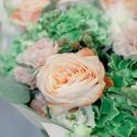 Букет с гортензией, розой и матиолой заказать