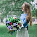 Букет с гортензией, орхидеей и хризантемой купить