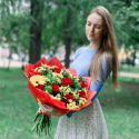 Букет с розами, герберами и хризантемой заказать