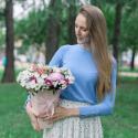 Букет в коробке с хризантемами и альстромериями купить