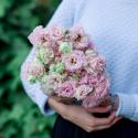 Букет из 9 розовых лизиантусов заказать