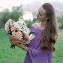 Букет с белыми герберами, розами и лизиантусом заказать