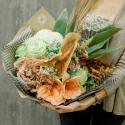 Букет с антуриумом, амариллисом, хризантемой и розой купить