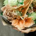 Букет с антуриумом, амариллисом, хризантемой и розой заказать