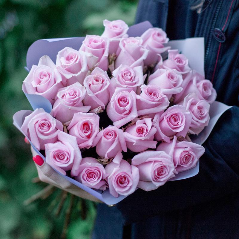 Букет из 25 роз Engagement (Эквадор) с доставкой