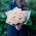 Букет из 25 кремовых роз (Россия) заказать