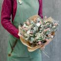 Букет из сухоцветов с эвкалиптом и эрингиумом с доставкой
