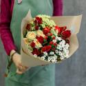 Букет с кустовой розой и кустовой хризантемой купить