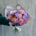 Букет с гвоздиками, хризантемой и розами с доставкой