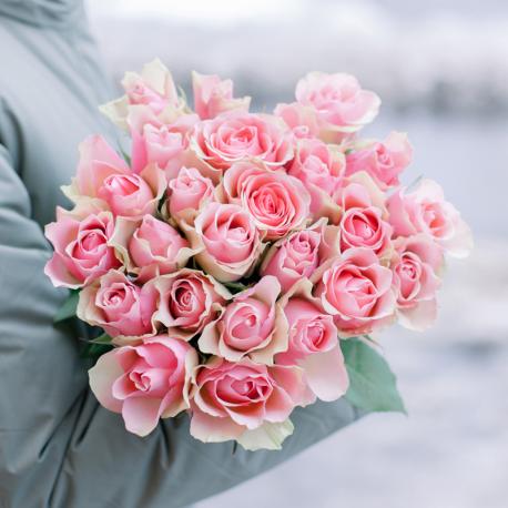 Букет из 25 розовых роз 40 см (Кения)