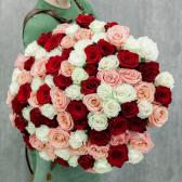 АКЦИЯ! Букет из 101 розы микс 50 см (Эквадор)
