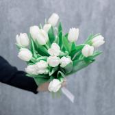 Букет из 15 тюльпанов заказать