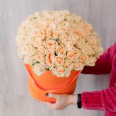 Букет в шляпной коробке 101 Российская Роза купить
