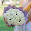 Букет из 25 белых роз (Россия) 50см