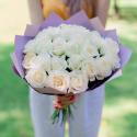 Букет из 25 белых роз (Россия) 70см