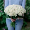 Букет из 51 белой розы (Россия) 50см