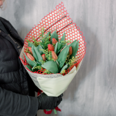 Букет из 9 роз и зелени (Россия) заказать