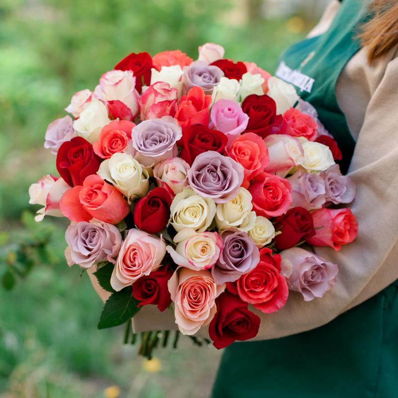 51 разноцветная роза (Кения) с доставкой