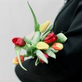 7 тюльпанов (яркий микс) заказать