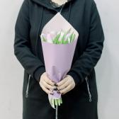 11 тюльпанов в упаковке (нежный микс) заказать