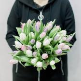 35 тюльпанов (нежный микс) заказать