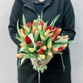 35 тюльпанов (яркий микс) заказать