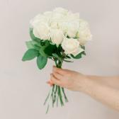 Букет из 15 белых роз (Россия) купить