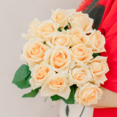Букет из 15 кремовых роз (Россия) заказать