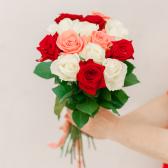 Букет из 15 роз микс (Россия) купить