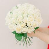 Букет из 35 белых роз (Россия) с доставкой