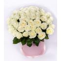 """Букет в шляпной коробке """" 51 белая роза"""" с доставкой"""