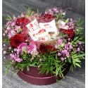 Коробка цветов с конфетами купить
