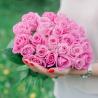 Букет из 25 розовых роз (Россия)