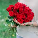 Букет из 25 красных роз (Россия)