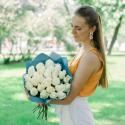 Букет из 25 белых роз заказать