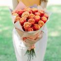 Букет из 25 крупных оранжевых роз (Эквадор)